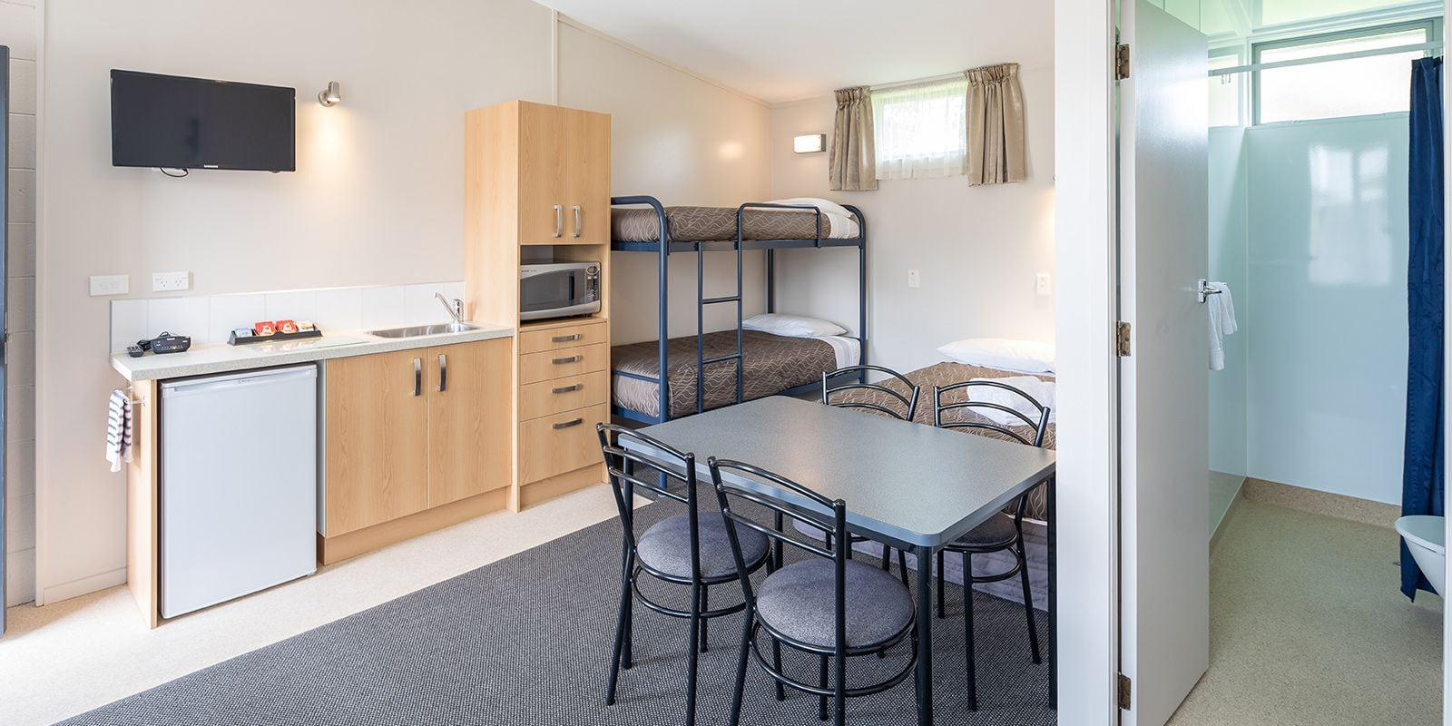 Studio Accommodation At Amber Kiwi Holiday Park In Christchurch