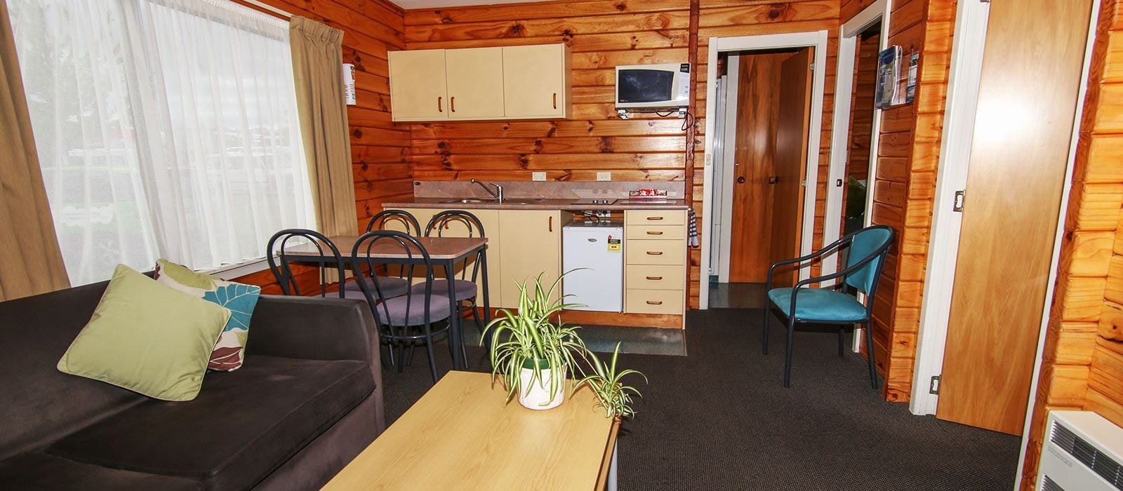 Two Bedroom Motel Accommodation, Amber Park Christchurch